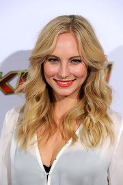 Candice Accola looked perfectly styled with this boho-glam wavy 'do at the 2011 Jingle Ball.