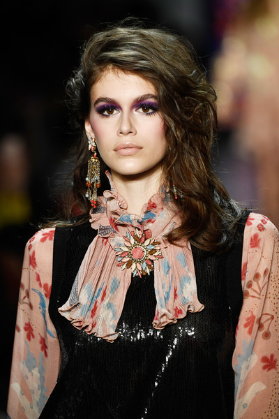 Kaia Gerber Gemstone Brooch [shows,the shows,fashion model,fashion,beauty,hairstyle,runway,long hair,jewellery,girl,brown hair,haute couture,kaia gerber,anna sui,gallery i,anna sui - runway,runway,new york city,spring studios,new york fashion week]