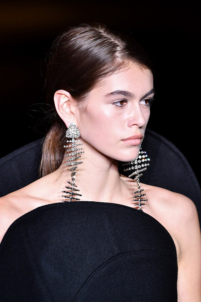 Kaia Gerber Crystal Chandelier Earrings [hair,hairstyle,shoulder,beauty,ear,eyebrow,neck,chin,fashion,long hair,kaia gerber,part,runway,paris,france,saint laurent,saint laurent : runway - paris fashion week womenswear fall]