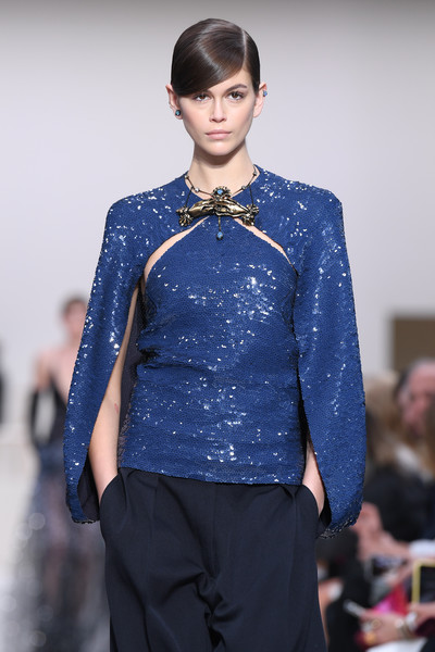 Kaia Gerber Gold Statement Necklace [fashion,fashion show,fashion model,runway,clothing,cobalt blue,blue,electric blue,hairstyle,event,valentino,kaia gerber,part,runway,paris,france,valentino : runway - paris fashion week womenswear fall,runway,fashion show,fashion,haute couture,supermodel,model,socialite]