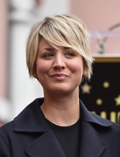 Kaley Cuoco Short Emo Cut [hair,face,hairstyle,blond,eyebrow,chin,beauty,layered hair,forehead,lip,kaley cuoco-sweeting,jim parsons,the hollywood walk of fame,hollywood,california,star,walk of fame,ceremony]