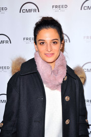 Jenny Slate accessorized with a cute pink fur scarf while visiting Kari Feinstein's Style Lounge.