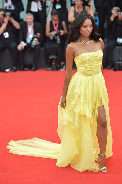 Kat Graham Evening Sandals [la v\u00e9rit\u00e9,la v\u00e3\u00a9rit\u00e3\u00a9,red carpet,dress,carpet,fashion model,clothing,gown,yellow,flooring,premiere,fashion,red carpet arrivals,kat graham,sala grande,red carpet,screening,venice,opening ceremony,76th venice film festival]