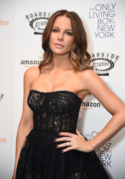 Kate Beckinsale Dark Nail Polish [the only living boy in new york,clothing,dress,strapless dress,hairstyle,fashion,shoulder,cocktail dress,premiere,fashion model,long hair,kate beckinsale,new york,the museum of modern art,new york premiere]
