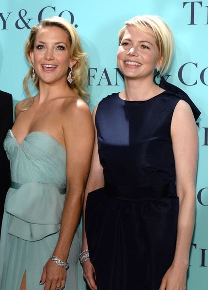 Kate Hudson Diamond Bracelet [blue book collection,hair,clothing,dress,cocktail dress,blond,shoulder,hairstyle,fashion,premiere,event,actresses,michelle williams,kate hudson,diamonds,l-r,rockefeller center,new york city,tiffany co,blue book ball]