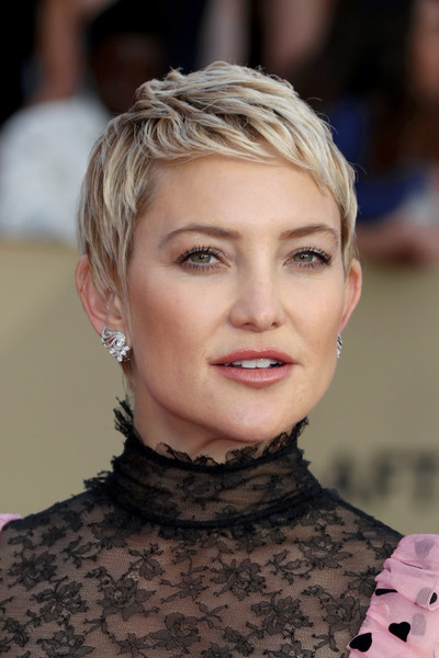 Kate Hudson Pixie - Short Hairstyles Lookbook - StyleBistro