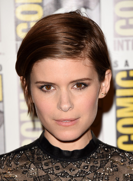 Kate Mara Side Parted Straight Cut