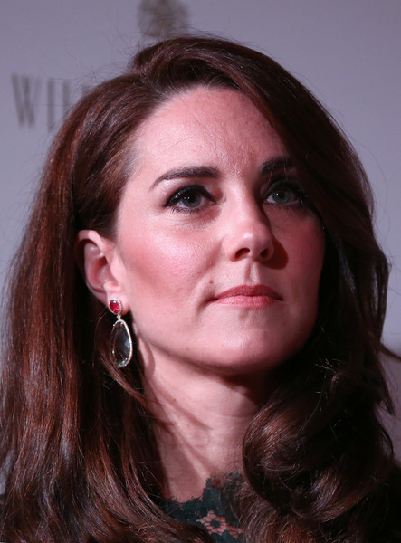 Kate Middleton Dangling Gemstone Earrings [duchess of cambridge attends the portrait gala,hair,face,eyebrow,hairstyle,chin,lip,cheek,head,beauty,nose,catherine,duchess,cambridge,britain,london,national portrait gallery,portrait gala]
