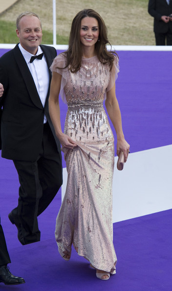 Kate Middleton Beaded Dress [flooring,fashion model,fashion,carpet,gown,dress,red carpet,girl,formal wear,haute couture,gown,dress,evening gown,catherine middleton,duchess,fashion,fashion,cambridge,ark 10th anniversary gala dinner,wedding,catherine duchess of cambridge,jenny packham,dress,gown,wedding of prince william and catherine middleton,designer,united kingdom,clothing,evening gown,fashion]