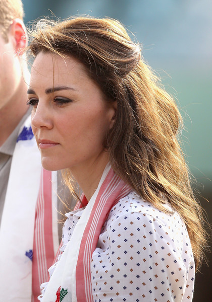 kate middleton half up half down kate middleton hair