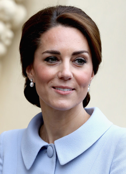 Kate Middleton Retro Updo