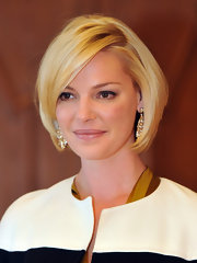 Katherine Heigl wore her chic subtly layered bob smooth and straight at the Golden Book signing in Esslingen, Germany.