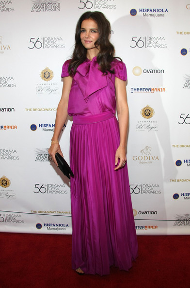http://www4.pictures.stylebistro.com/gi/Katie+Holmes+Dresses+Skirts+Evening+Dress+JdYKvnwNKUcl.jpg