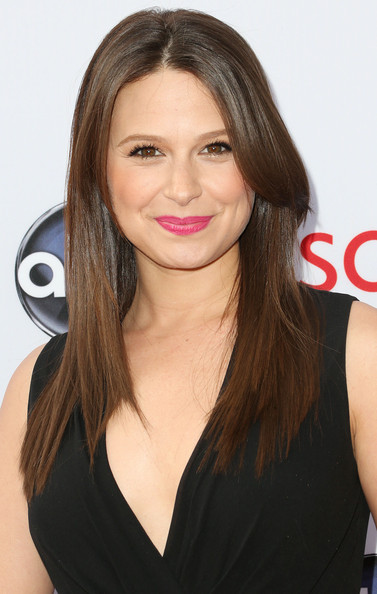 Katie Lowes Long Straight Cut