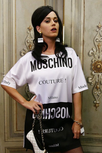 Katy Perry Charm Bracelet [clothing,t-shirt,white,sleeve,shoulder,fashion,cool,top,neck,waist,katy perry,italy,florence,moschino,pitti uomo,moschino mens backstage spring,show]