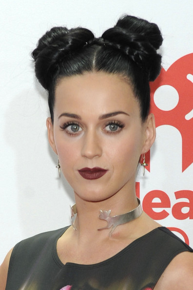 Katy Perry Sterling Choker Necklace [hair,face,hairstyle,lip,eyebrow,chin,black hair,beauty,forehead,bun,las vegas,nevada,mgm grand garden arena,iheartradio music festival,katy perry]