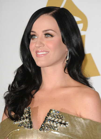 Katy Perry Dangling Diamond Earrings [hair,hairstyle,eyebrow,shoulder,long hair,black hair,beauty,chin,brown hair,forehead,katy perry,grammy,room,press room,los angeles,california,club nokia,concert,grammy nominations concert live]