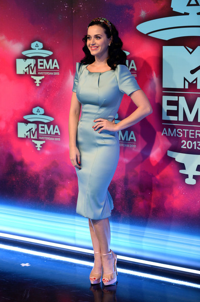 Katy Perry Form-Fitting Dress [clothing,fashion,lady,fashion model,performance,fashion design,dress,electric blue,premiere,event,red carpet arrivals,katy perry,amsterdam,netherlands,ziggo dome,mtv ema]
