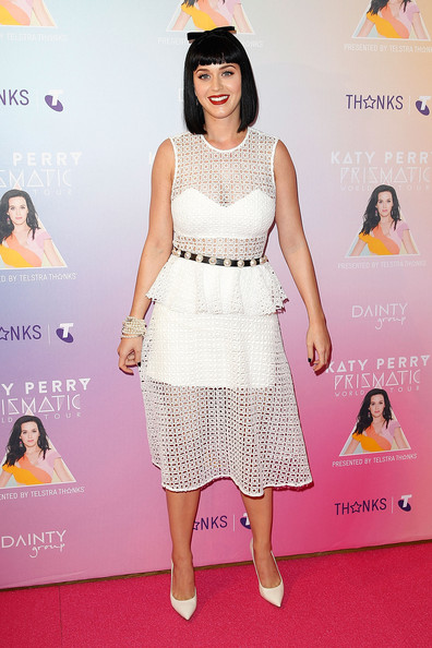 Katy Perry Lace Dress [clothing,dress,red carpet,cocktail dress,carpet,fashion,fashion model,yellow,premiere,pink,katy perry,media call,media,george street,sydney,australia,telstra hq]