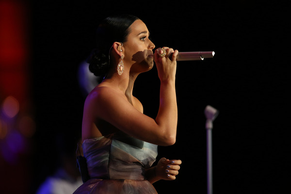 Katy Perry Gemstone Ring [starkey hearing foundation 2015 so the world,performance,entertainment,performing arts,singing,singer,music,event,song,microphone,music artist,paul,katy perry,mn,st. paul rivercentre,starkey hearing foundation so the world,gala]