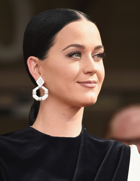 Katy Perry Ponytail [star of recognition,hair,face,eyebrow,hairstyle,ear,chin,beauty,lip,fashion,forehead,katy perry,capitol records tower,los angeles,california,capitol records,the hollywood chamber of commerce with a ``star of recognition,hollywood chamber of commerce]