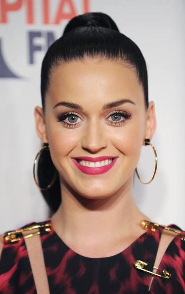 Katy Perry Ponytail [hair,face,eyebrow,hairstyle,lip,beauty,forehead,skin,chin,nose,katy perry,room,england,london,02 arena,capital fm,jingle bell ball]