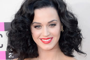 Katy Perry Medium Curls