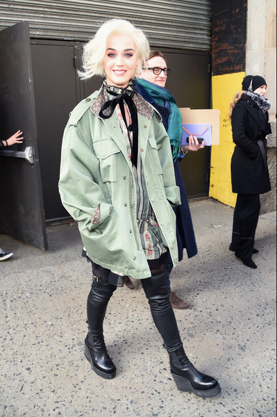 Katy Perry Military Jacket [katy perry,marc jacobs,arrivals,street fashion,clothing,fashion,snapshot,outerwear,footwear,coat,human,jacket,trench coat,marc jacobs fall 2017 show,new york city,park avenue armory]