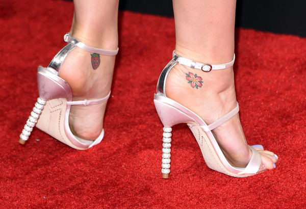 Katy Perry Flower Tattoo [footwear,high heels,leg,sandal,ankle,foot,shoe,human leg,joint,toe,arrivals,katy perry,grammy awards,fashion detail,california,los angeles,staples center,the 57th annual grammy awards]