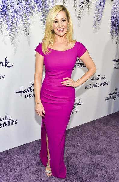 Kellie Pickler Form-Fitting Dress