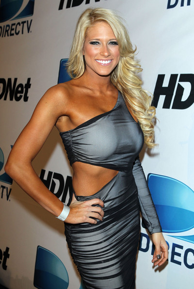Kelly Kelly Hair