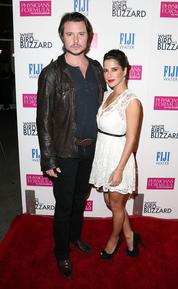 'White Bird in a Blizzard' Premieres in Hollywood