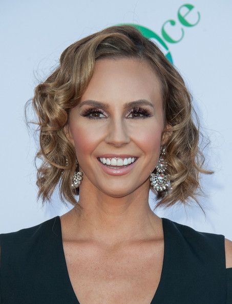 Keltie Knight Curled Out Bob [hair,face,hairstyle,blond,eyebrow,chin,beauty,smile,brown hair,lip,the dizzy feet foundation - arrivals,keltie knight,california,los angeles,dorothy chandler pavilion,the dizzy feet foundation,celebration of dance gala,4th annual celebration of dance gala]