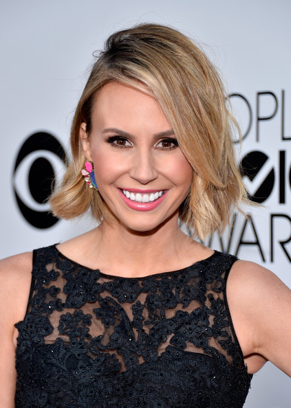 Keltie Knight Messy Cut [red carpet,hair,hairstyle,blond,shoulder,eyebrow,beauty,chin,brown hair,lip,long hair,keltie knight,peoples choice awards,los angeles,california,nokia theatre l.a. live]