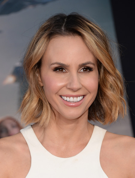 Keltie Knight Short Wavy Cut [captain america: the winter soldier,hair,face,hairstyle,eyebrow,blond,chin,beauty,skin,smile,brown hair,keltie knight,arrivals,el capitan theatre,california,hollywood,marvel,premiere,premiere]