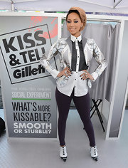 Keri tempered her busy blazer with a very pared-down legging.