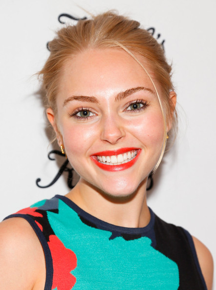 More Pics of AnnaSophia Robb Pointy Flats (2 of 12) - AnnaSophia Robb Lookbook - StyleBistro