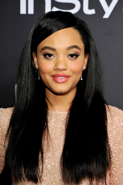 Kiersey Clemons Long Straight Cut [hair,face,black hair,hairstyle,eyebrow,lip,long hair,forehead,beauty,chin,kiersey clemons,beverly hills,california,the beverly hilton hotel,instyle,red carpet,warner bros. 73rd annual golden globe awards,warner bros. 73rd annual golden globe awards post-party]