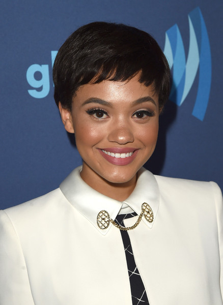 Kiersey Clemons Pixie [hair,hairstyle,forehead,smile,black hair,bangs,fashion accessory,pixie cut,jewellery,ear,kiersey clemons,glaad media awards,beverly hills,california,the beverly hilton hotel,red carpet]