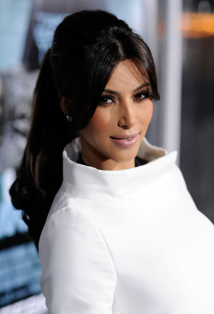 how to cut hair like kim kardashian