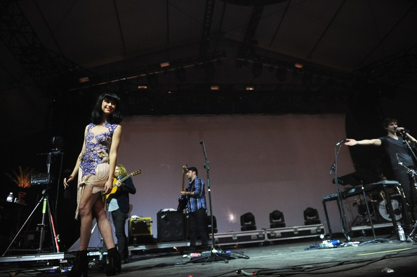 Kimbra Clothes