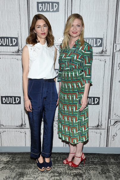 Kirsten Dunst Print Blouse [the beguiled,movie,clothing,fashion,footwear,street fashion,outerwear,fashion design,dress,long hair,premiere,style,kirsten dunst,sofia coppola,build studios,new york city,build presents sofia coppola,build studio]