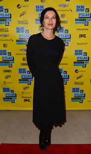 Xan Cassavetes opted for a super simple look with this long-sleeved little black dress.