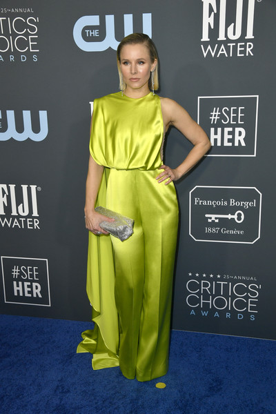 Kristen Bell Jumpsuit [clothing,green,shoulder,yellow,carpet,dress,red carpet,premiere,fashion model,joint,arrivals,carpet,critic,kristen bell,critics choice awards,red carpet,clothing,shoulder,yellow,barker hangar,keltie knight,25th critics choice awards,the barker hangar,red carpet,celebrity,2020,critic,the 25th]