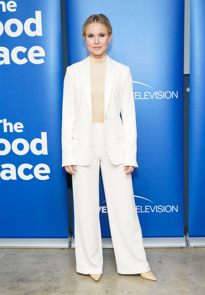 Kristen Bell Pantsuit [the good place,suit,clothing,pantsuit,formal wear,fashion,tuxedo,carpet,outerwear,premiere,electric blue,kristen bell,fyc @ ucb,california,los angeles,ucb sunset theater,universal television,fyc]