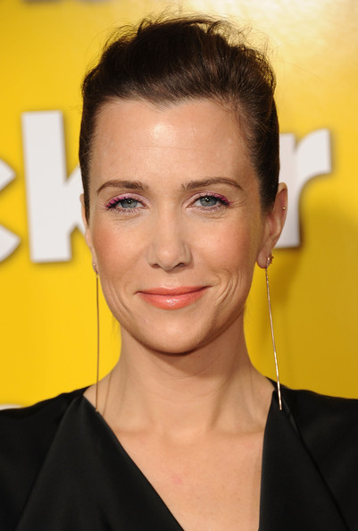 Kristen Wiig Bright Eyeshadow [hair,face,hairstyle,eyebrow,forehead,yellow,chin,beauty,lip,ear,arrivals,kristen wiig,paul,grauman,california,hollywood,chinese theater,universal pictures,premiere,premiere]