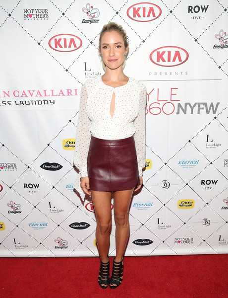 Kristin Cavallari Mini Skirt [kristin cavallari,clothing,red carpet,shoulder,fashion,carpet,joint,footwear,dress,cocktail dress,flooring,chinese,new york city,row nyc,jewelry,emerald duv,laundry - arrivals,style360,laundry arrivals]