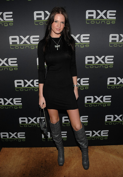 More Pics of Courtney O'Connor Knee High Boots (1 of 3) - Courtney O'Connor Lookbook - StyleBistro