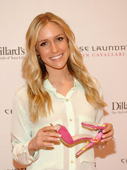 Kristin showed off her long blonde waves at the launch of her new shoe line for Chinese Laundry.