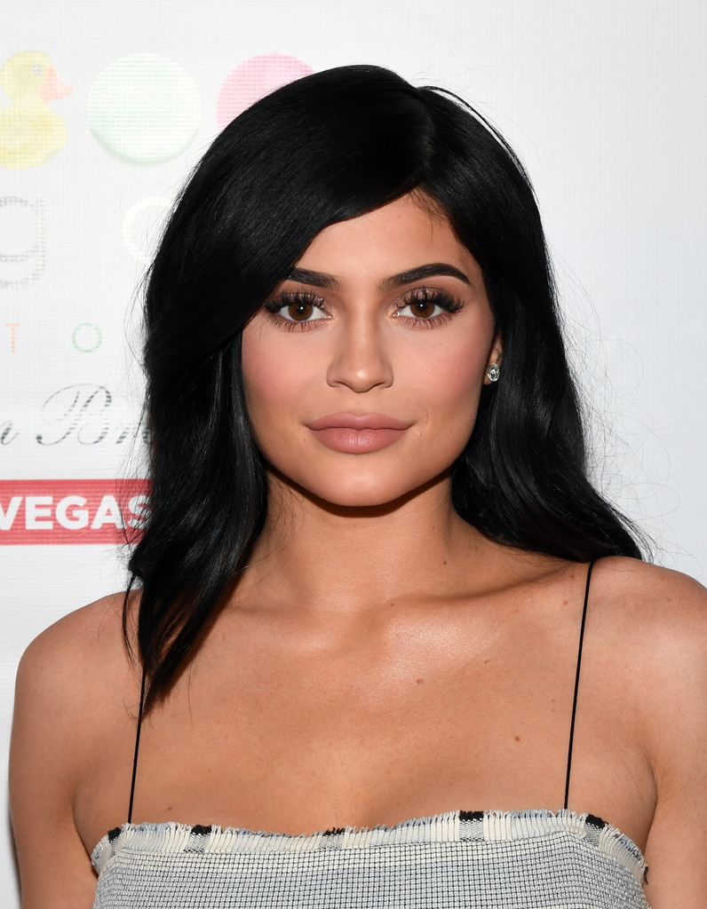 Kylie Jenner Arrives On The Red Carpet At Our Balmain X H: Kylie Jenner Looks